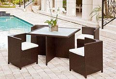 Modern furniture for outdoor dining in Miami