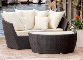 Modern ibiza outdoor lounger in espresso with confortable pad