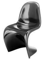 Modern iconic S chair in black at mh2g