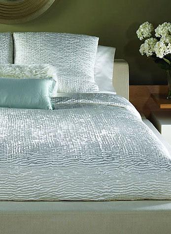 Shanti Modern Bedding Set
