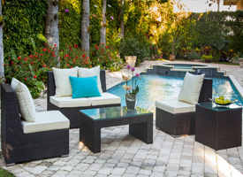 siderno lounging outdoor set. Modern outdoor set