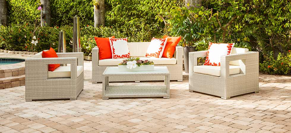 Modern Home 2 Go. MALLORCA Outdoor Patio Set