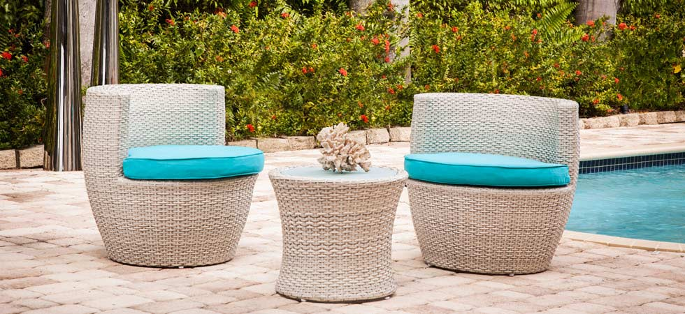 Modern Home 2 Go. favara in light-grey rattan Outdoor Patio Set